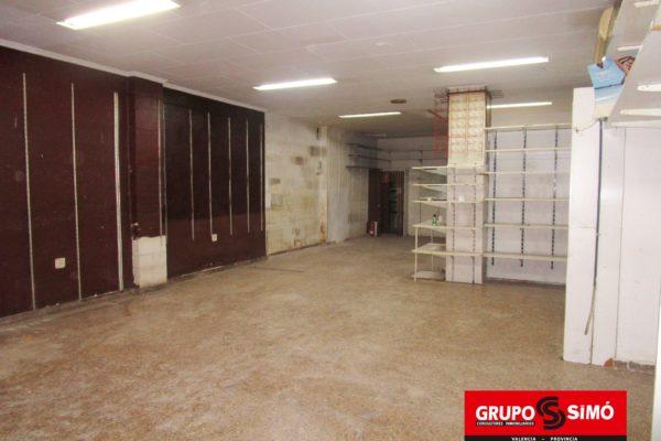 LOCAL COMERCIAL EN LA ZONA DE CAMPANAR – Ref. IG-136