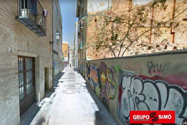 SOLAR PARA CONSTRUIR EN PLENO EL BARRIO DEL CARMEN DE VALENCIA – Ref. IG-194